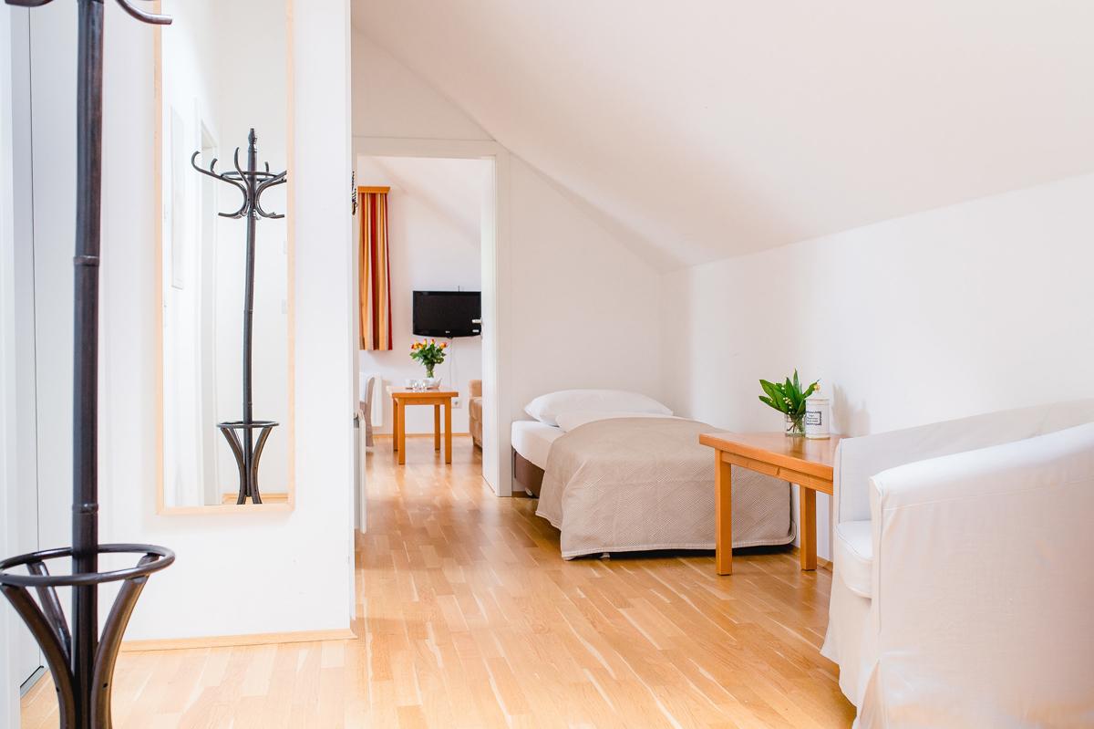 Appartement f r 4 personen mit sauna und tennisplatz in st - Sauna appartement ...